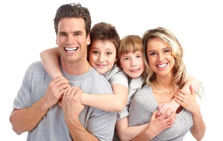 Dentist Oakville - Burloak Centre Dentistry - Smiling Family
